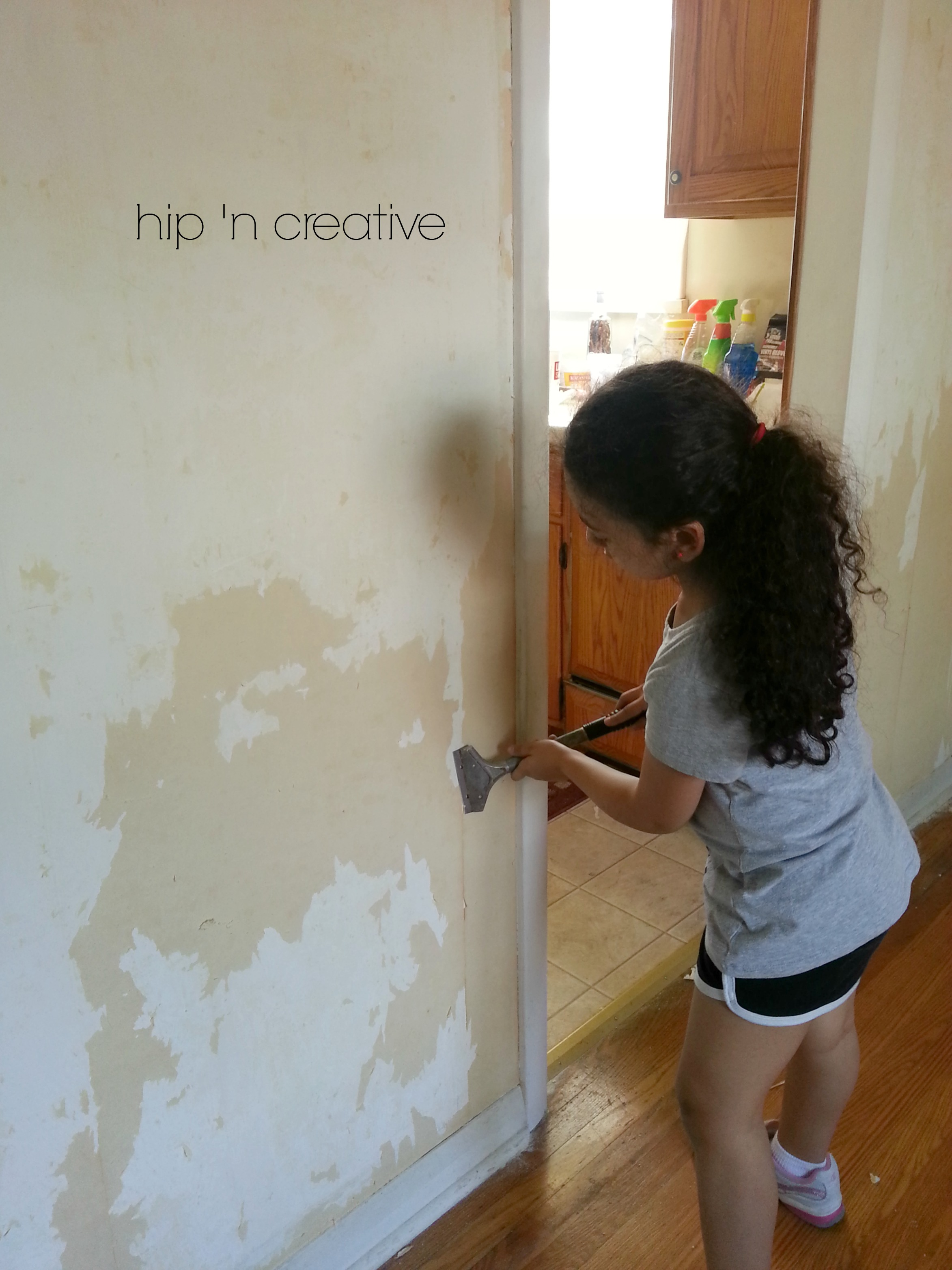 diy wallpaper removal via hip u0027n creative - Wall Paper Remover