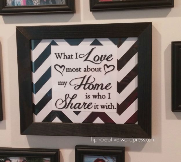 Budget Home Decor | DIY Vinyl Lettering on a Frame via hipncreative.wordpress.com
