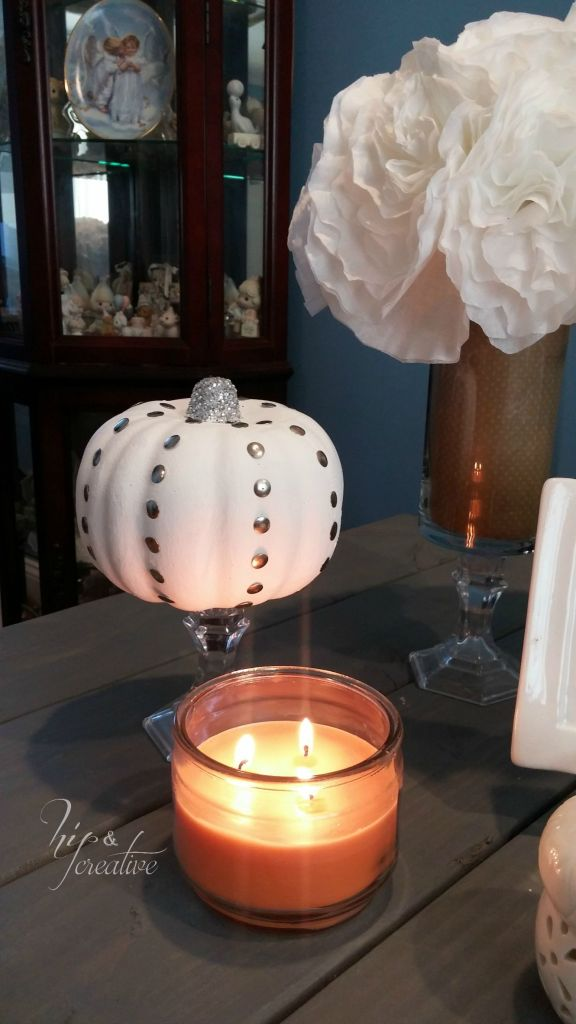 DIY studded pumpkin fall home decor | hipncreative.wordpress.com